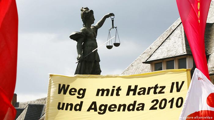 Anti-labor-reform protests in Germany (picture-alliance/dpa)