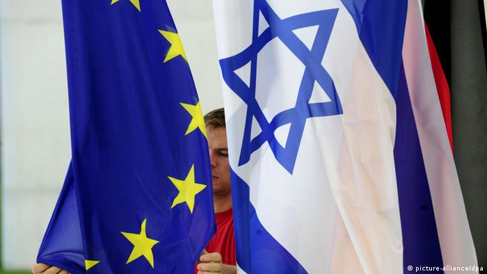Symbolbild Flagge EU Israel (picture-alliance/dpa)