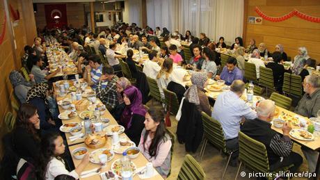 Ramadan in Deutschland Ditib-Gemeinde in Göttingen