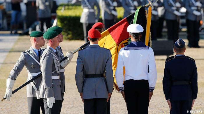 New recruits of the German armed forces Bundeswehr take oath in front of the Reichstag