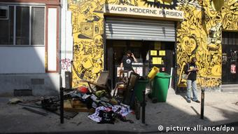 ©PHOTOPQR/LE PARISIEN ; incendie du Lavoir Moderne qg des Femen Rue Leon paris 18eme Paris le 21/07/2013 The women's rights group Femen headquarters at the Lavoir Moderne Parisen (LMP) after a fire, in Paris, France, 21 July 2013. A fire broke out in the building in the early hours of the morning, damaging the Femen headquarters on the top floors - though the cause of the fire has yet to be determined.