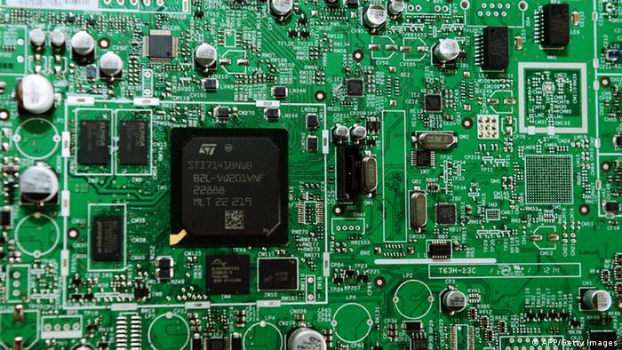 Close of the motherboard of a digital decoder at the Technicolor plant on October 24, 2012 in Angers. The Commercial Court of Nanterre ordered last week the liquidation of the plant, the last production unit of the French group in Europe, specializing in the manufacture of digital decoders. AFP PHOTO/ ALAIN JOCARD (Photo credit should read ALAIN JOCARD/AFP/Getty Images)