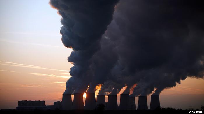 Deutschland Energie Kohlekraftwerk bei Cottbus