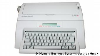 Schreibmaschine Olympia Carrera de Luxe MD