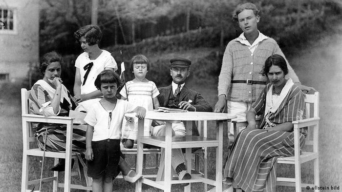 Deutschland Literatur Geschichte Thomas Mann mit Familie am Hiddensee