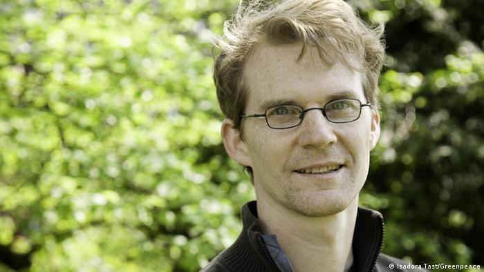Gerald Neubauer von Greenpeace (Copyright: Isadora Tast/Greenpeace)