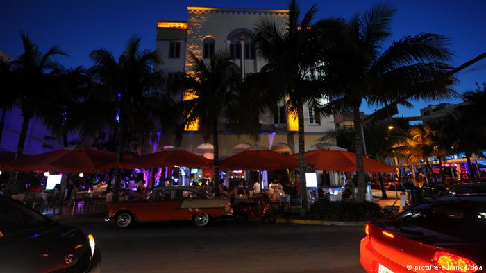 Der Ocean Drive ist die bekannteste und populärste Straße in Miami Beach. (Foto:dpa)