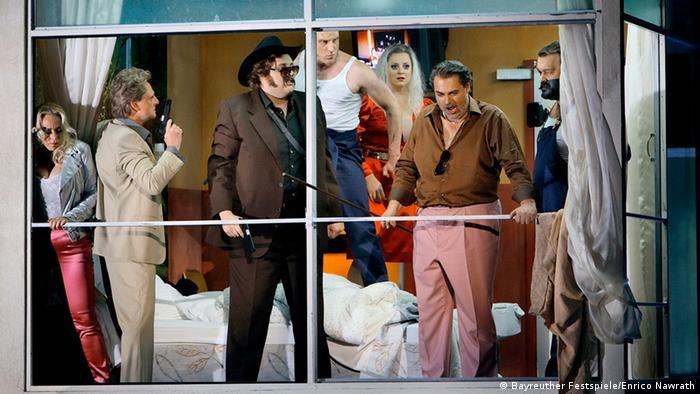 Rheingold Szene 2. Szene Foto: Bayreuther Festspiele/Enrico Nawrath.