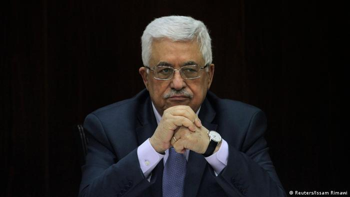 Palestinian President Mahmoud Abbas heads a Palestinian cabinet meeting in the West Bank city of Ramallah July 28, 2013. Israeli Prime Minister Benjamin Netanyahu on Sunday urged divided rightists in his cabinet to approve the release of 104 Arab prisoners in order to restart peace talk with the Palestinians. Abbas has demanded the release of prisoners held since before a 1993 interim peace accord took effect. REUTERS/Issam Rimawi/Pool (WEST BANK - Tags: POLITICS)