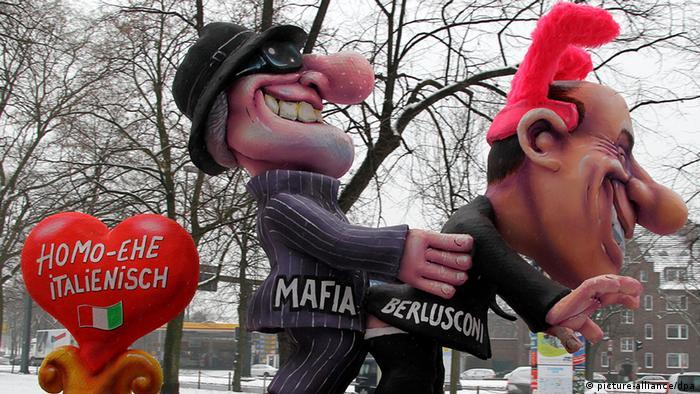 Deutschland Italien Silvio Berlusconi im Karneval 2010 Düsseldorf