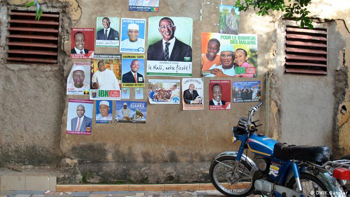 Election posters on a wall in Bamako. Photo: Katrin Gänsler