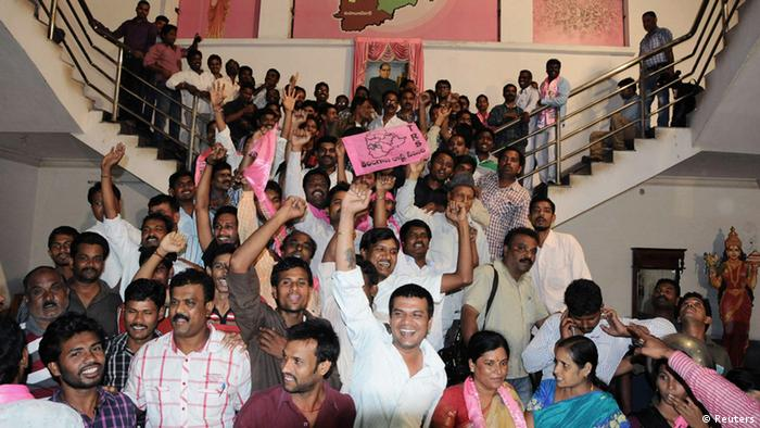 Telangana supporters cheer as they celebrate after the announcement of the separate state of Telangana at their party headquarters in the southern Indian city of Hyderabad July 30, 2013. (Photo: REUTERS/Stringer)