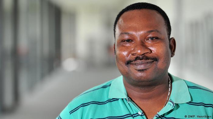Porträtfoto Deutschlehrer Kuassi aus Togo