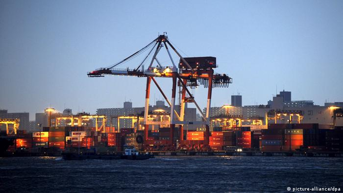 Japan's harbor full of containers