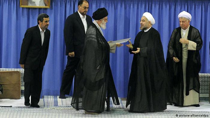 Khamenei Rohani Präsident Iran (picture-alliance/dpa)