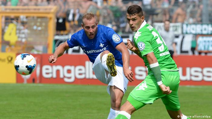 German Cup action: Darmstadt 98 versus Borussia Mönchengladbach. Photo: dpa