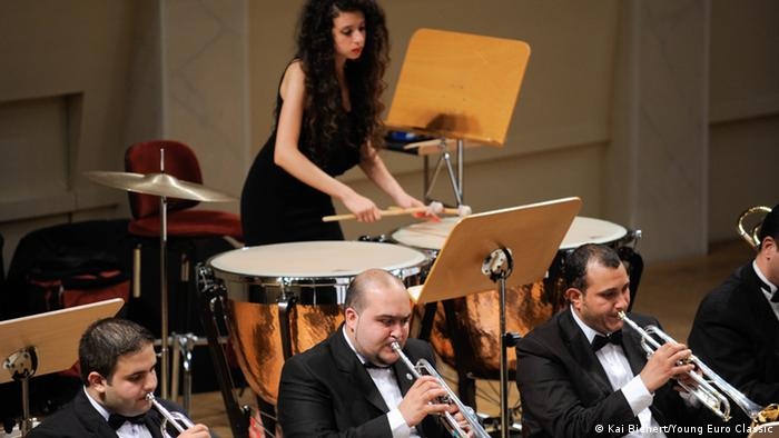 Arab Youth Philharmonic Orchestra performing on stage Copyright: Kai Bienert