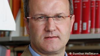 Prof. Gunther Hellmann, Universität Frankfurt