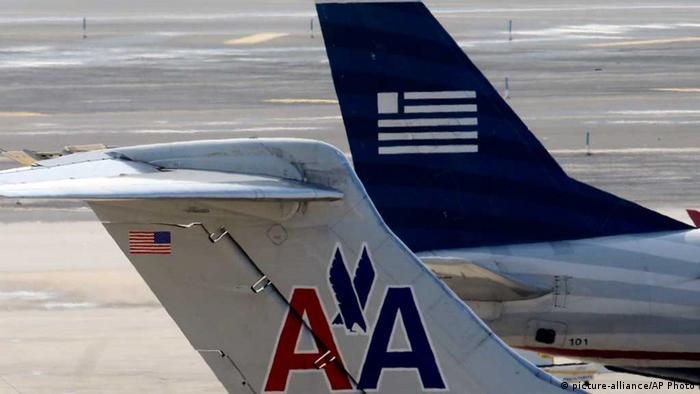 American Airlines and US Airways jets prepare for flight at a gate at the Philadelphia International Airport (Photo: AP Photo/Matt Rourke, File)