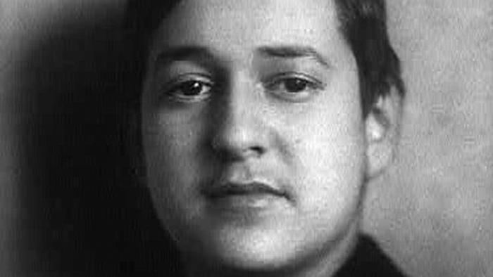 a black and white photo of Erich Wolfgang Korngold.