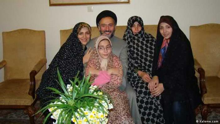 محمدعلی ابطحی و خانوادهاش