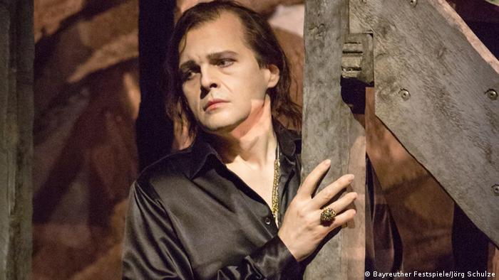 Lance Ryan as Siegfried (Bayreuther Festspiele/Jörg Schulze)
