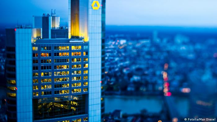 Commerzbank Tower (Photo: Fotolia/Max Diesel)