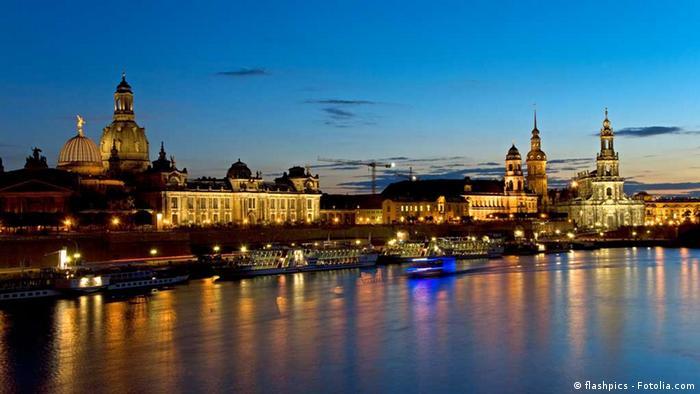Dresden bei Nacht (flashpics - Fotolia.com)