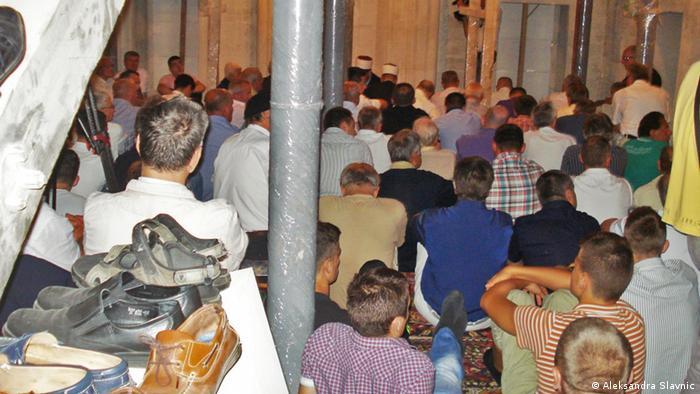 blusrcu.ba-Nakon 21 godine prvi Bajram-namaz u banjalučkoj Ferhadiji