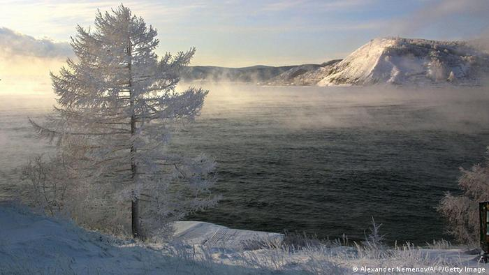 A winter lansdcape showing Lake Baikal in Siberia. Bild: ALEXANDER NEMENOV/AFP/Getty Images
