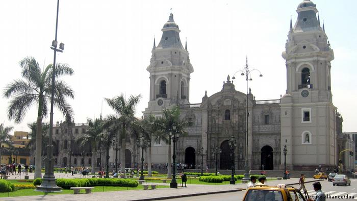 A view of the cathedral in Lima, Peru. dpa