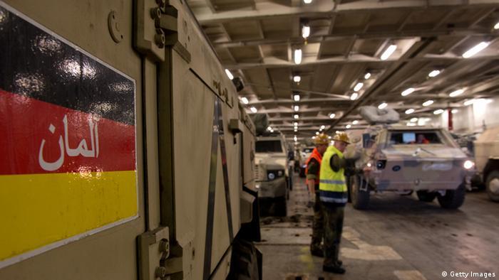 نیروهای ارتش آلمان نیروهای امنیتی افغانستان را آموزش میدهند