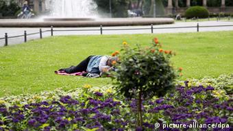 Projekt Querstadtein Obdachlose zeigen ihr Berlin (picture-alliance/dpa)