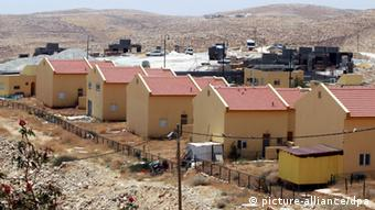 An Israeli settlement on the West Bank. (Photo: Abed Al Hashlamoun / EPA )