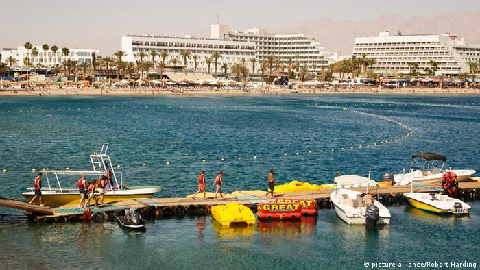 Der Strand von Eilat in Israel (Foto: picture alliance/Robert Harding)