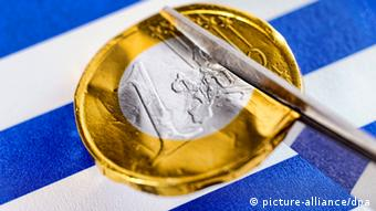 Grecia necesita otros 11.000 millones de euros, estima experto alemán.