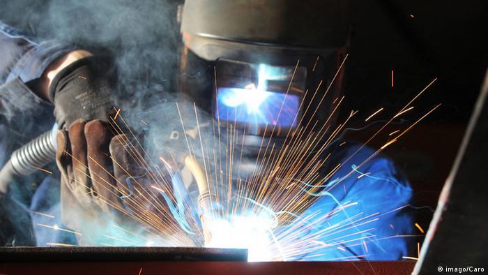 Deutschland Wirtschaftswachstum Metallbauer