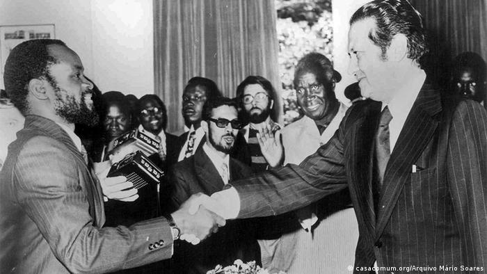 Sambia Portugal Mosambik Mário Soares und Samora Machel in Lusaka