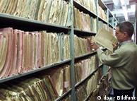 Korriderët me dosje të  autoritetit federal për dosjet janë të hapura për qytetarët në Gjermani