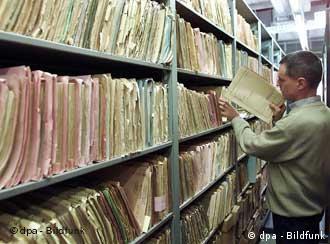 Arquivos da Stasi revelam delações no regime comunista