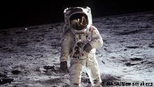 Bildergalerie Raumfahrt Astronaut auf dem Mond