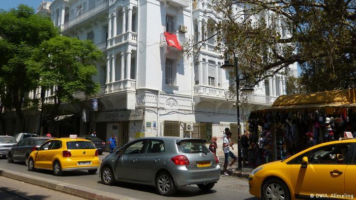 Straße in Tunis (Foto: Anne Allmeling/DW)