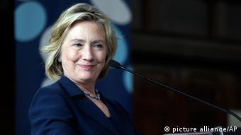 Hillary Clinton oživljava Eisenhowerovu teoriju domino efekta