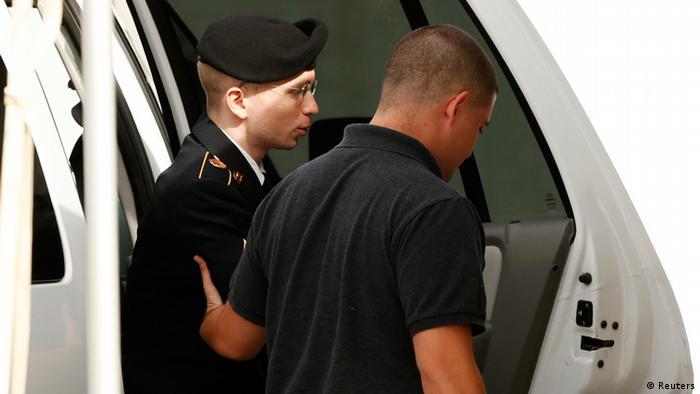Bradley Manning am 19. August 2013 auf dem Weg zur Urteilsverkündung in Fort Meade in Maryland
