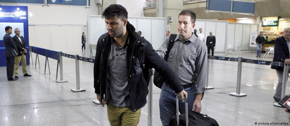 David Miranda e Glenn Greenwald chegam ao Rio de Janeiro após detenção em 2013