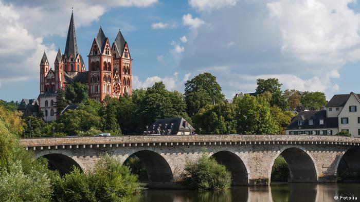 Limburg Cathedral fotolia #44394289 © fotografci - Fotolia.com