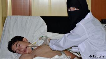 مخالفان سوری میگویند زنان و کودکان هم قربانی حمله شیمیایی حومه دمشق شدهاند