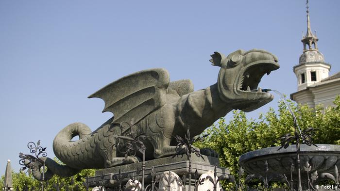 Lindworm in Klagenfurt (Foto: Fotolia #44092739 Lindwurm in Klagenfurt (c) groisboeck - Fotolia)