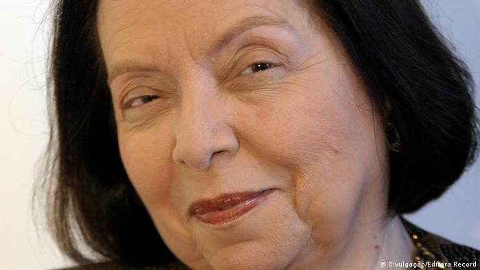 Brasilianische Schriftstellerein Nélida Pinñon