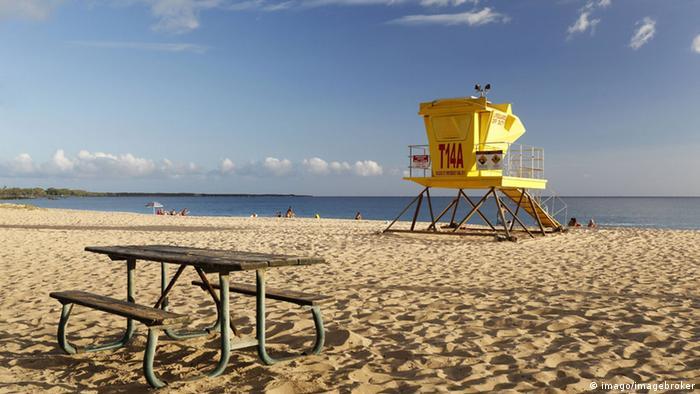 Big Beach, Makena State Park, Maui, Hawaii Rettungsschwimmerturm (imago/imagebroker)